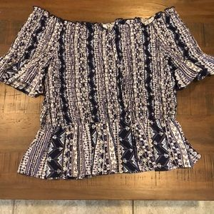 Off the shoulder patterned top, XL in kids